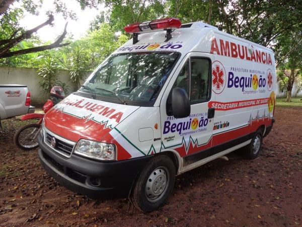 Resultado de imagem para ambulancia de Bequimão