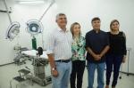 Prefeito Zé Martins acompanhado da primeira dama, Vânia Martins, do secretário de Saúde, Bastico Moraes, e da secretária adjunta Ramone Araújo