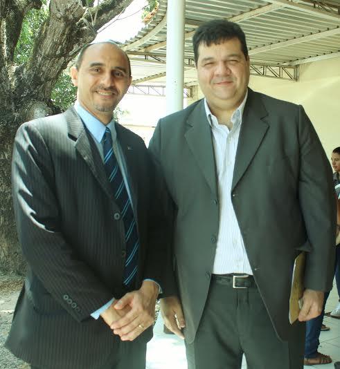 O diretor superintendente do Sebrae no Maranhão, João Martins e o Reitor da Uema, Gustavo Costa