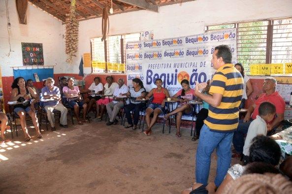 Momento do encontro com as quebradeiras de côco das comunidades quilombolas