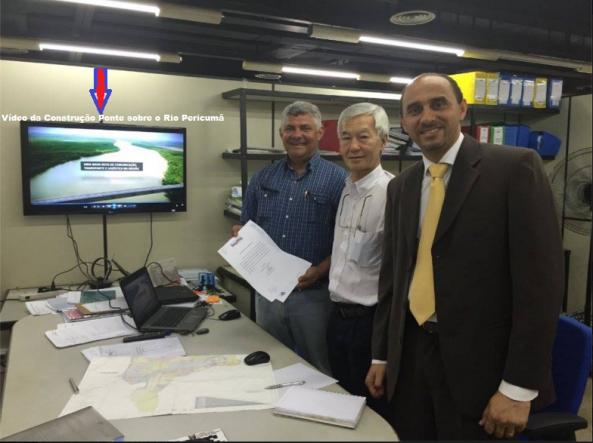 Prefeito Zé Martins entrega documentação de autorização da construção da Ponte sobre o Rio Pericumã