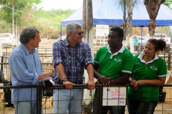 Zé Martins ao lado do Radialista Paulinho Castro e do empresário Iran Monteiro (Central -MA)