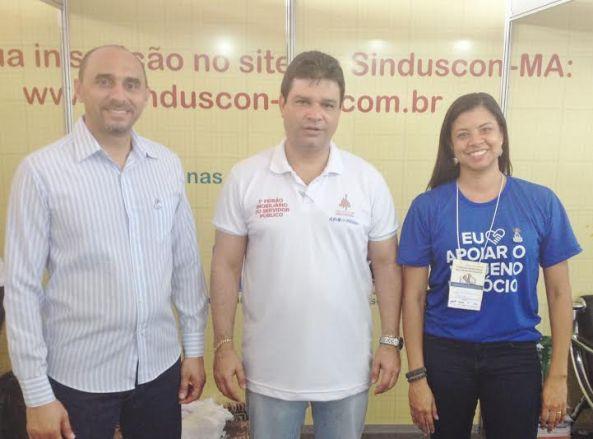 João Martins com o presidente do Sinduscon-Ma, Fabio Nahuz, e a gestora de projetos do Sebrae, Marina Lavareda