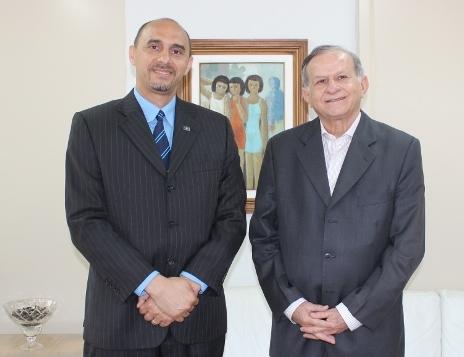 O diretor-superintendente do Sebrae no Maranhão, João Martins e o presidente do TCE-MA, João Jorge Jinkings Pavão