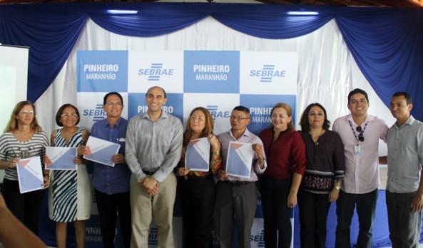 Seis prefeitos da região assinaram o termo de adesão ao projeto DET Litoral Ocidental