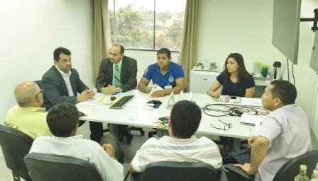 Reunião da ACCOCBEQ com o secretário Adelmo Soares (SAF) contou com a presença do diretor superintendente do Sebrae no Maranhão, João Martins.