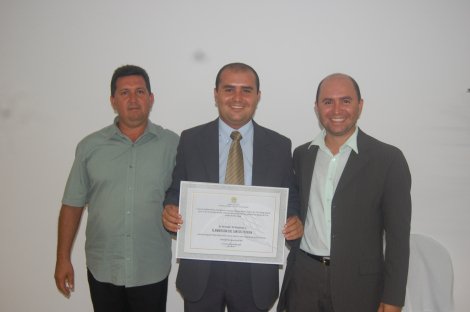 Os irmãos Robson Paz, vereador Elanderson e Fredson Pereira
